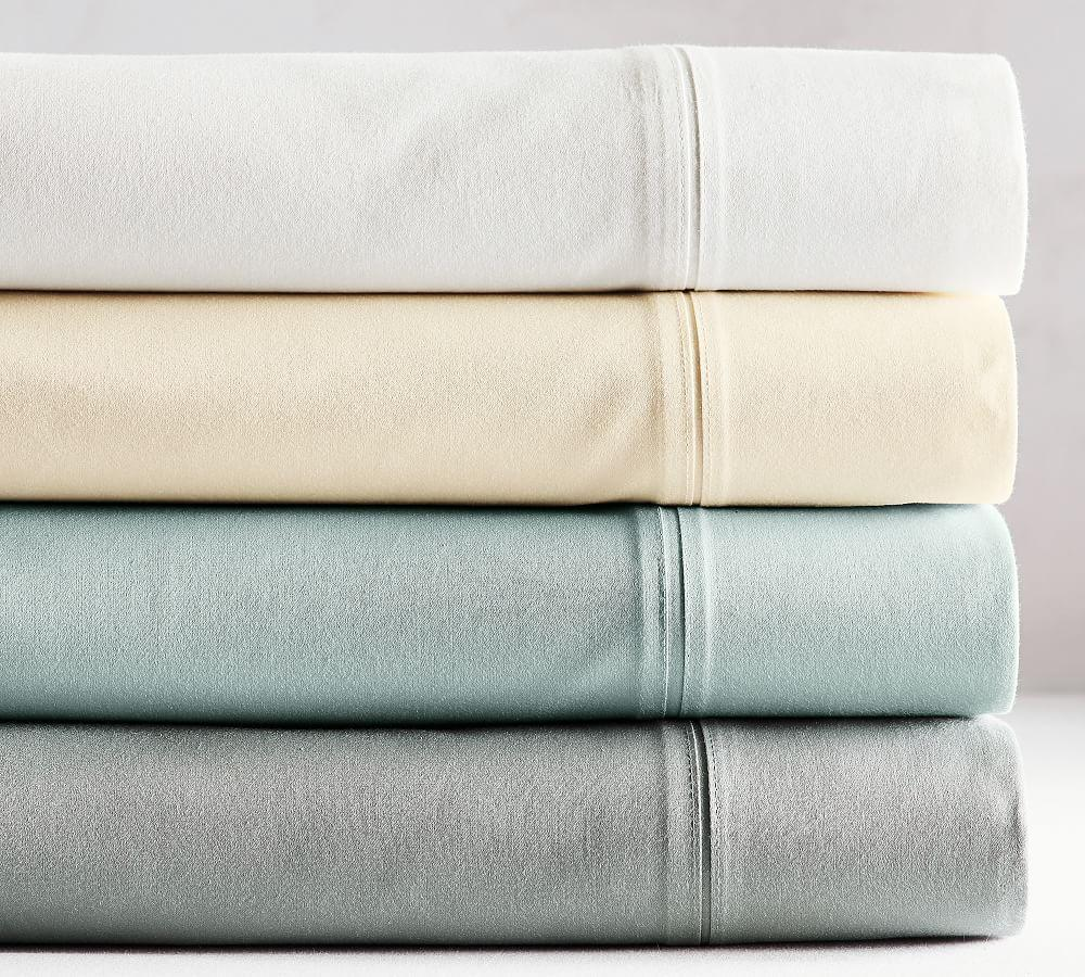 700-Thread-Count Sheet Set