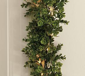 Indoor/Outdoor Lit Boxwood Garland