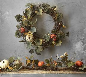 Lit Natural Pumpkin Wreath & Garland
