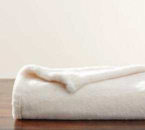 Cozy Plush Faux Fur Throw - Ivory