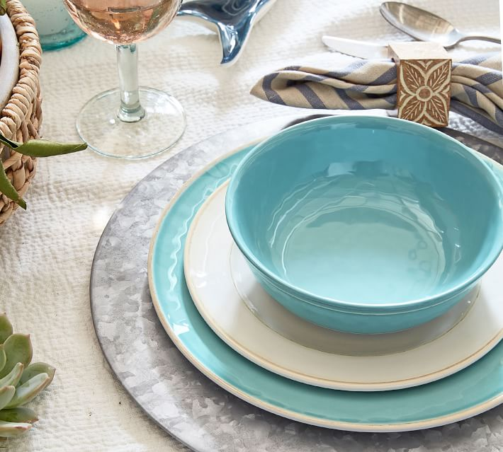Outdoor Dinnerware Collections