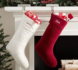 30% off Stockings & Tree Skirts