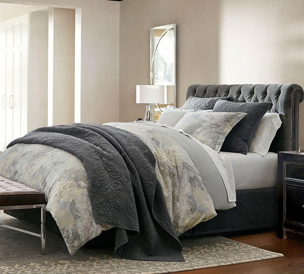 Chesterfield Storage Bed