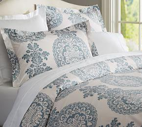 Lucianna Medallion Percale Duvet Cover & Shams