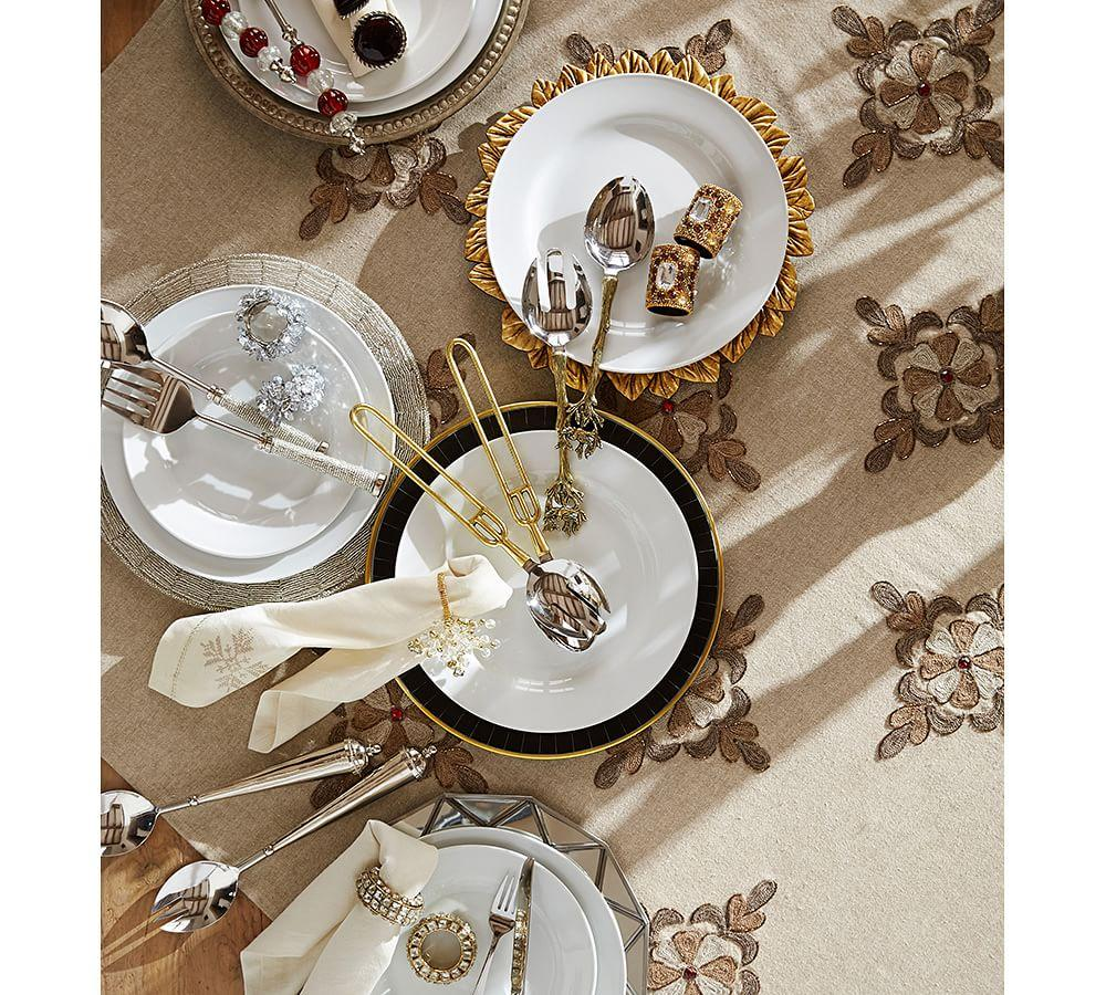 Great White Traditional Porcelain 16-Piece Dinnerware Set
