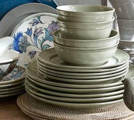 Cambria 16-Piece Dinnerware Set - Celadon