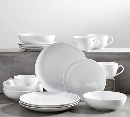 PB Classic Coupe Porcelain 16-Piece Dinnerware Set