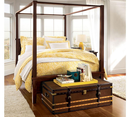 Farmhouse Canopy Bed & Dresser Set