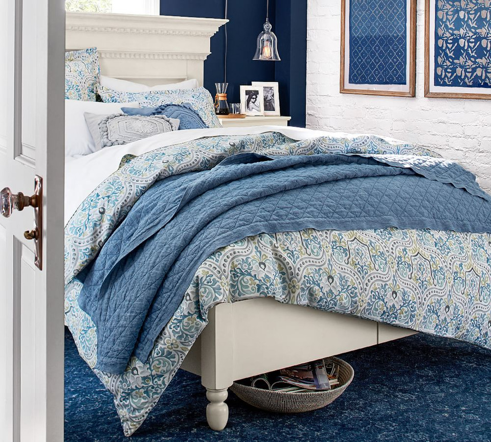 Jessie Scroll Organic Percale Duvet Cover & Shams