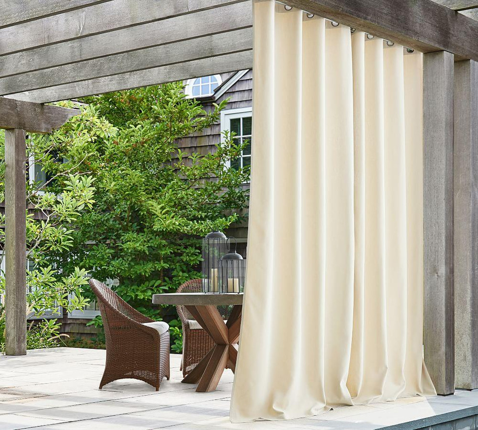 Indoor/Outdoor Grommet Curtain - Natural | Pottery Barn Canada