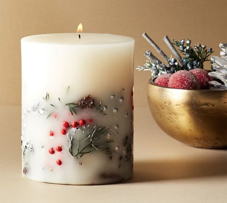 Snow Currant Scented Pillar Candle