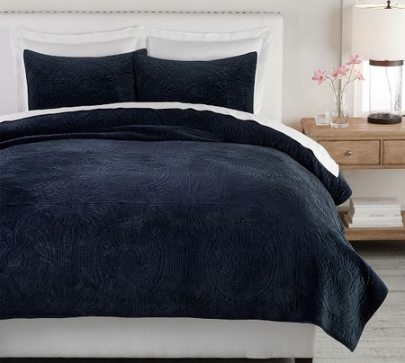 Velvet Medallion Quilt & Shams - Midnight